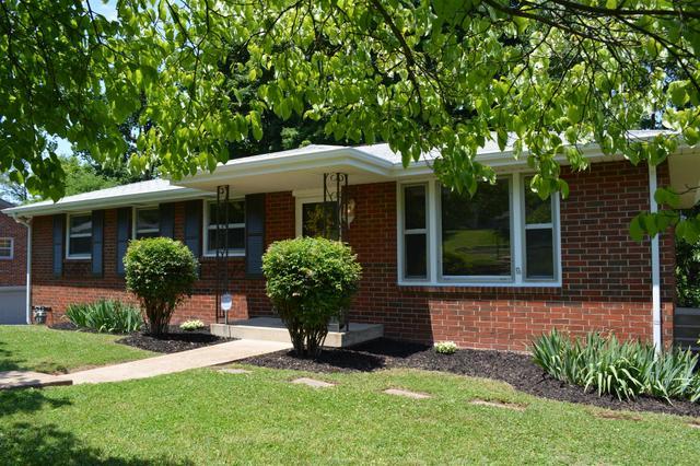2804 Fortland Dr, Nashville, TN