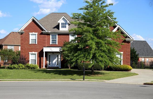 1406 Trafalgar Ct, Murfreesboro, TN