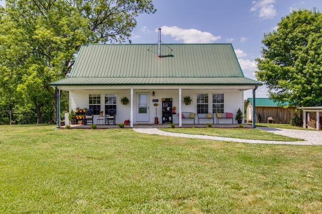 150 Otha Rd, Summertown, TN