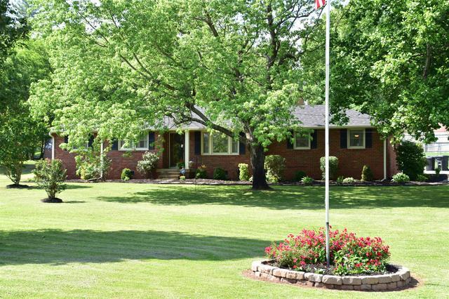 3986 Lawing Dr, Nashville, TN