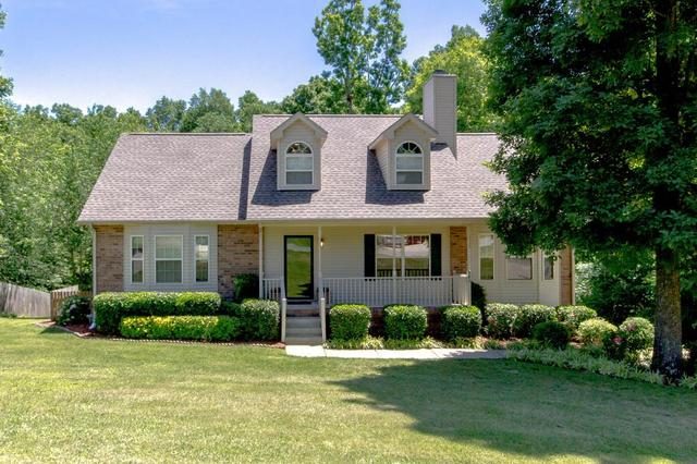 982 Mayes Dr, Greenbrier TN