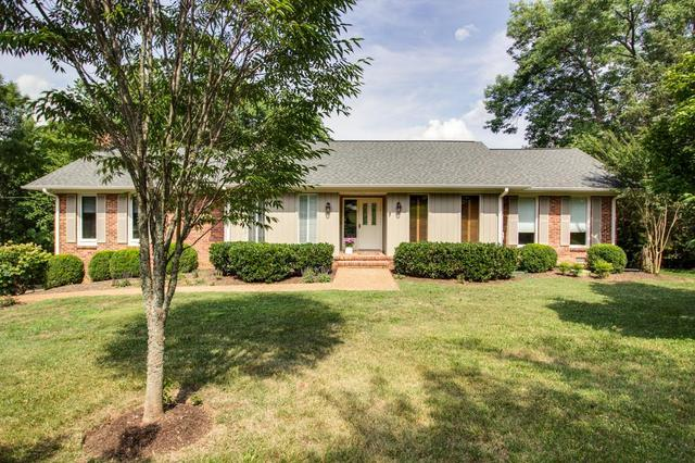 2316 Foxhaven Dr, Franklin TN
