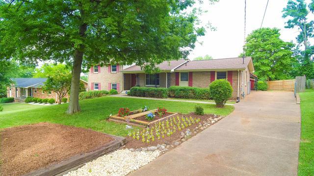 105 Crestmont Dr, Hendersonville TN