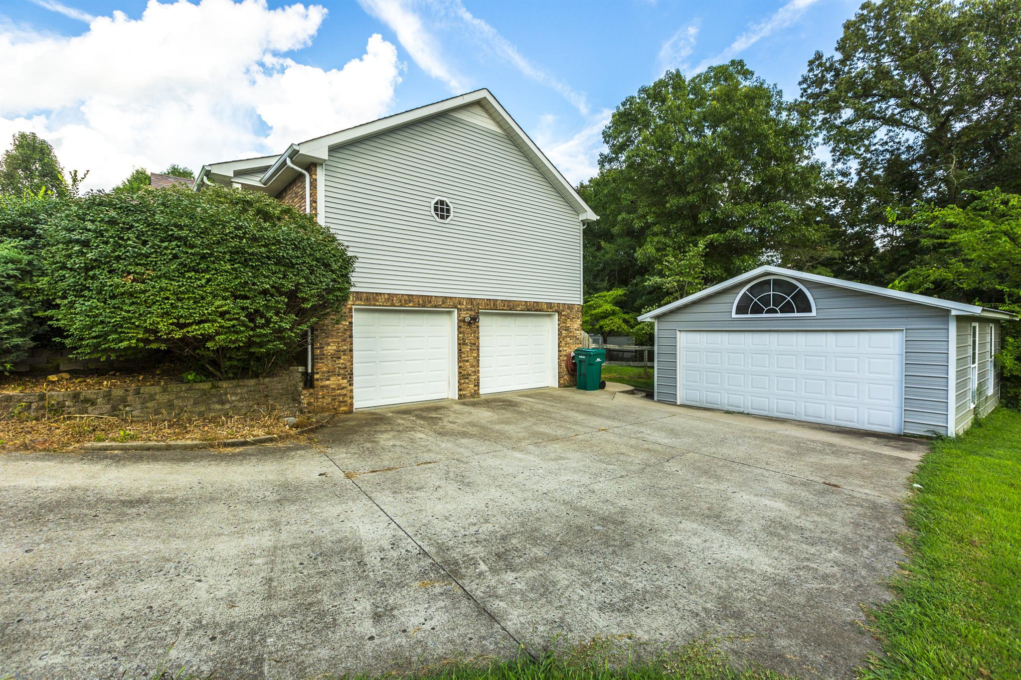 501 Barney Lane, Clarksville, TN 37042