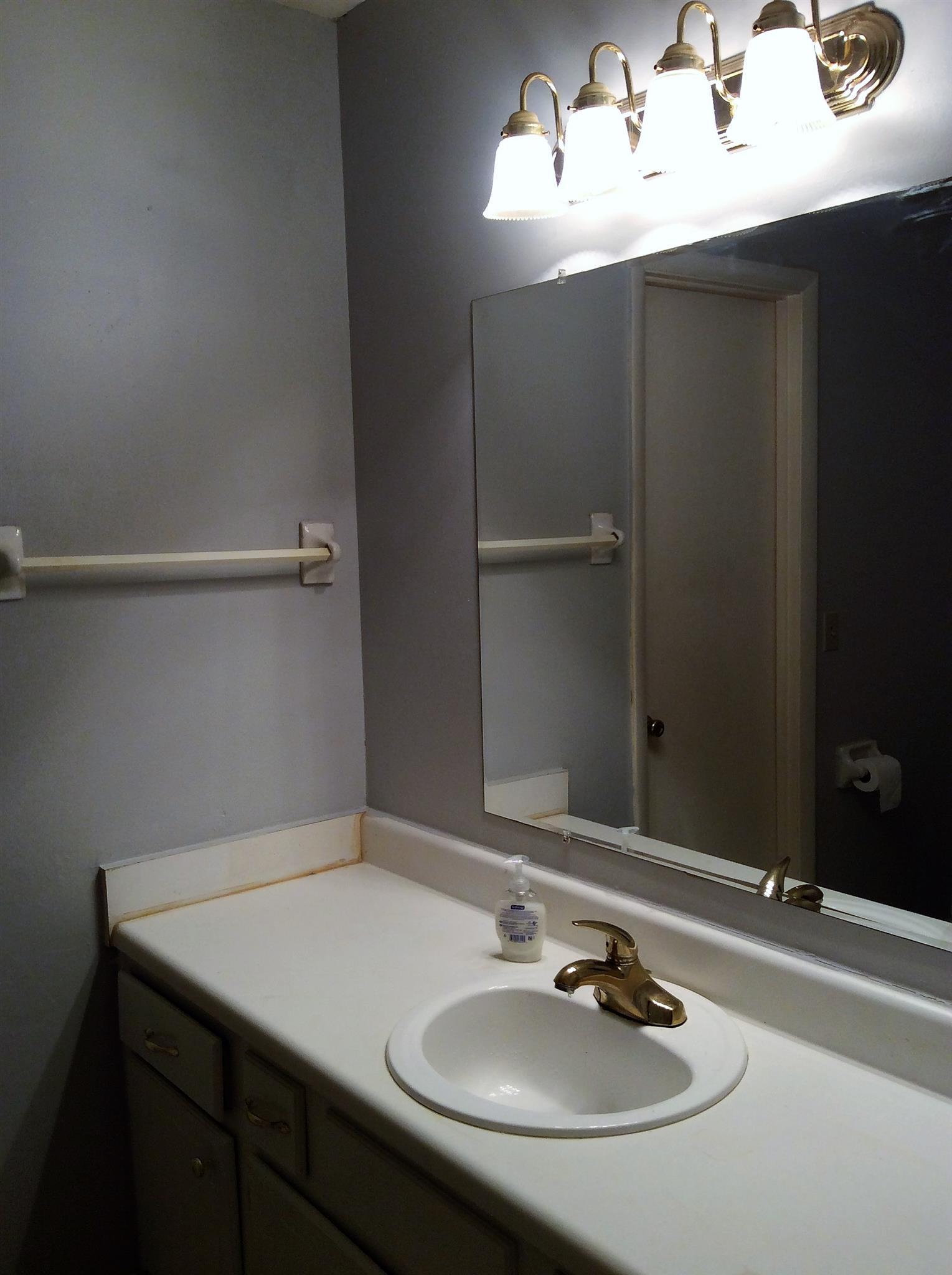 Bathroom Light Fixtures Nashville Tn 3728 creekland ct, nashville, tn 37218 mls# 1791345 - movoto
