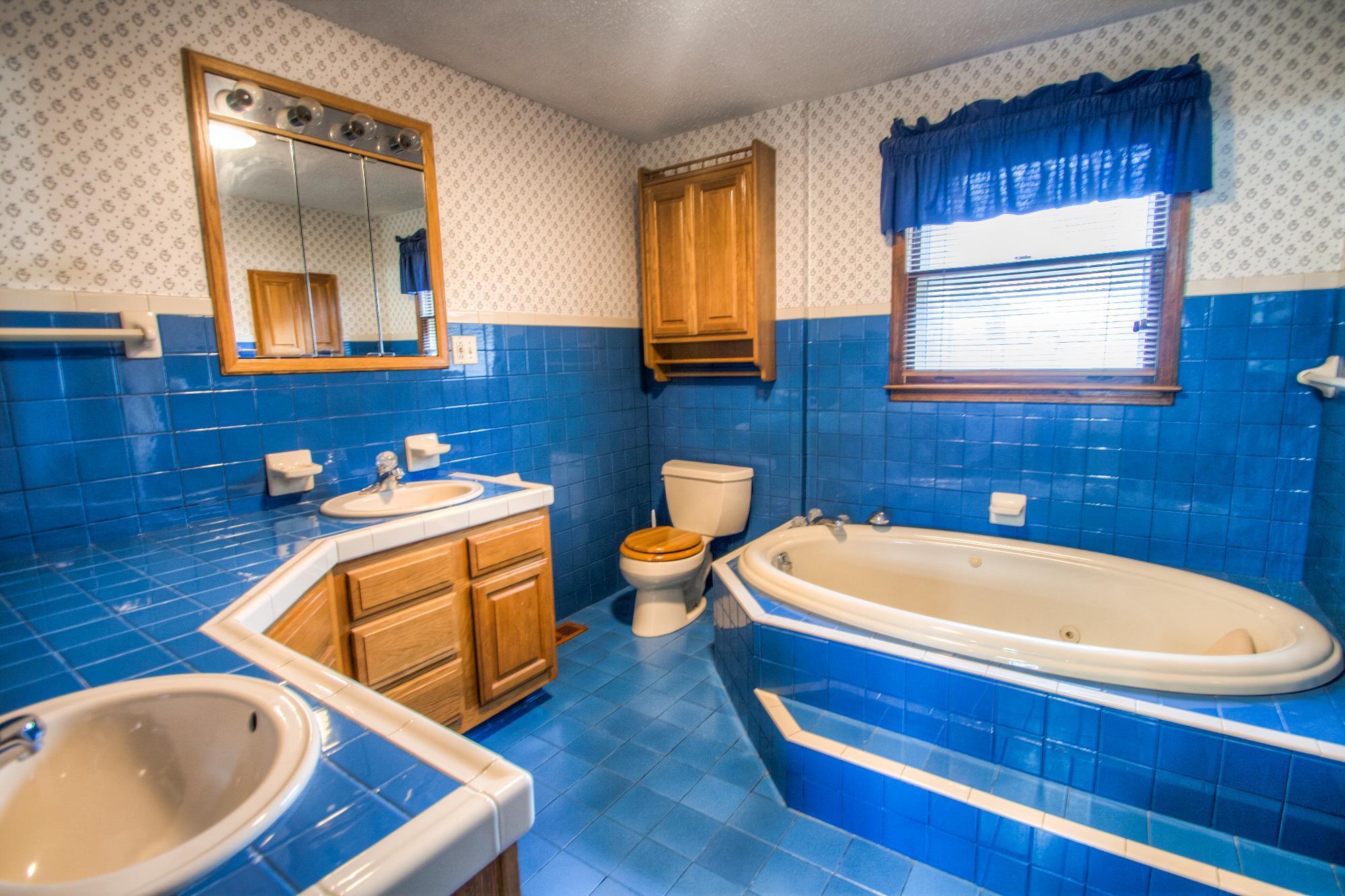 Bathroom Fixtures Nashville Tn 4912 packard dr, nashville, tn 37211 mls# 1792777 - movoto