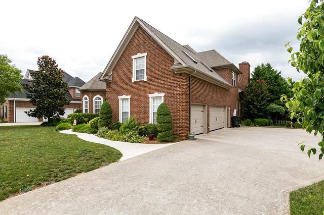 1452 Winterberry DrMurfreesboro, TN 37130