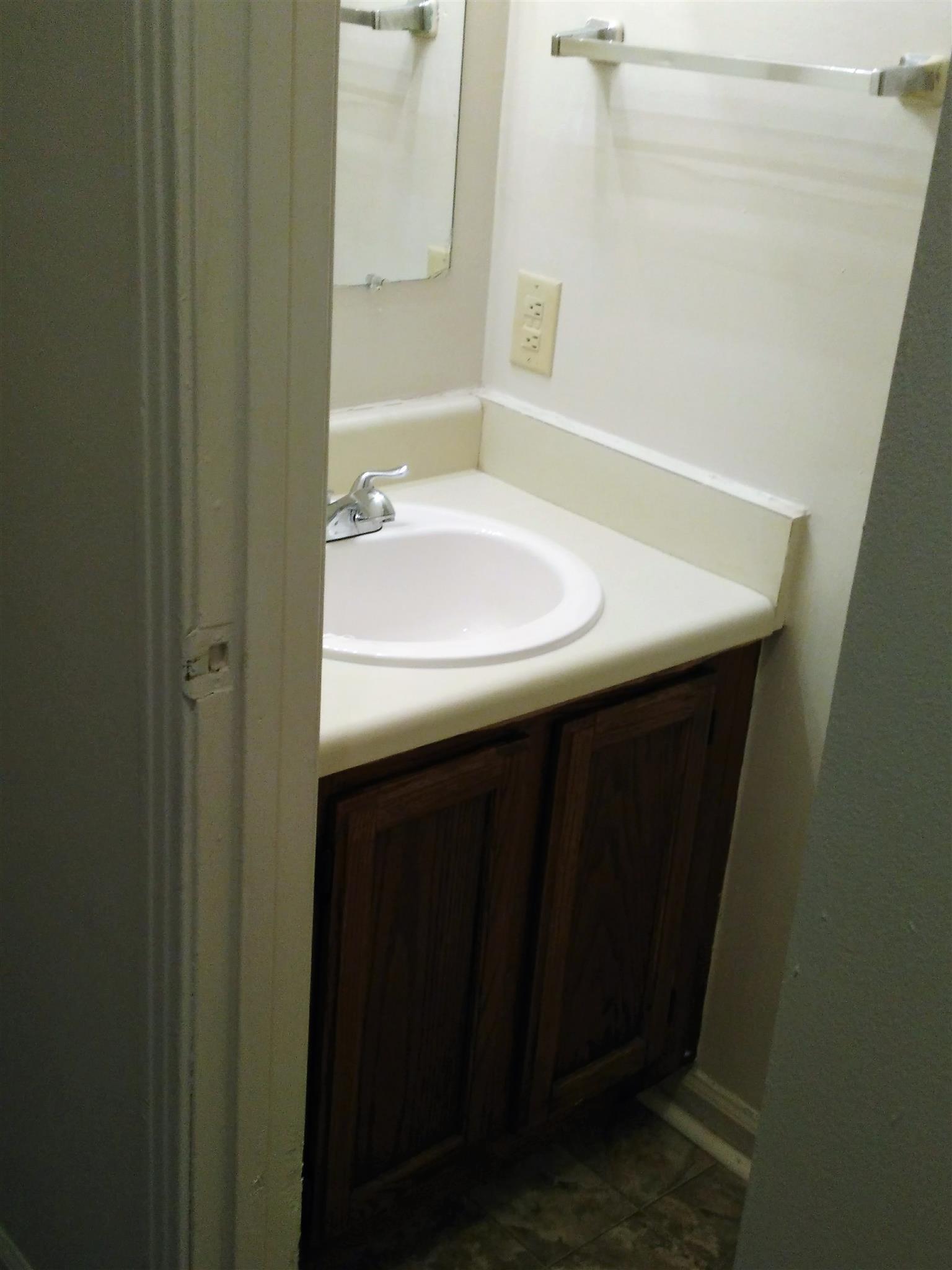 Bathroom Sinks Nashville Tn 614 castlegate dr, nashville, tn 37217 mls# 1814895 - movoto