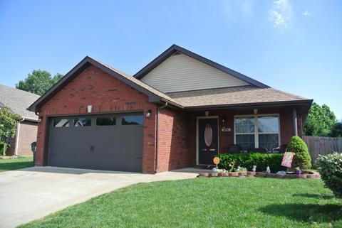 974 Culverson CtClarksville, TN 37042