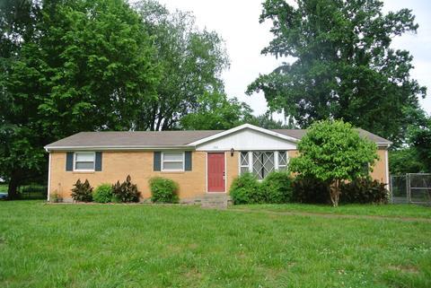 204 Norris Dr, Clarksville, TN 37042
