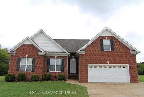 4517 Hammock Dr, Murfreesboro, TN 37128