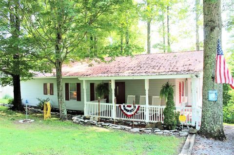 370 Oak Dr, Smithville, TN 37166