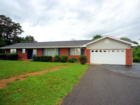 111 Tonawanda TrMadisonville, TN 37354
