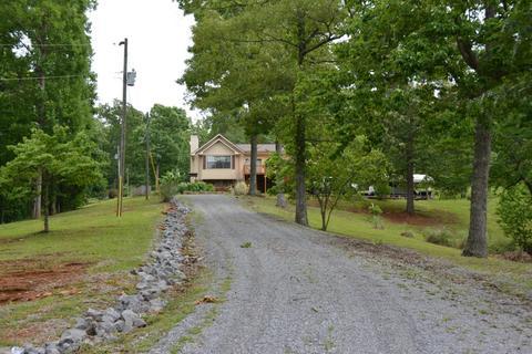 3540 Turkey Pen Branch RdMaryville, TN 37803