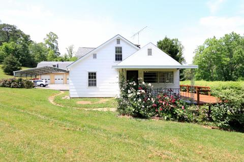 1527 Huckleberry Springs RdKnoxville, TN 37914