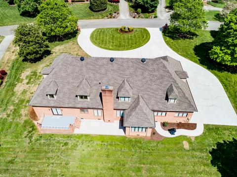 2011 Rivergate Dr, Knoxville, TN (38 Photos) MLS# 1040037 - Movoto