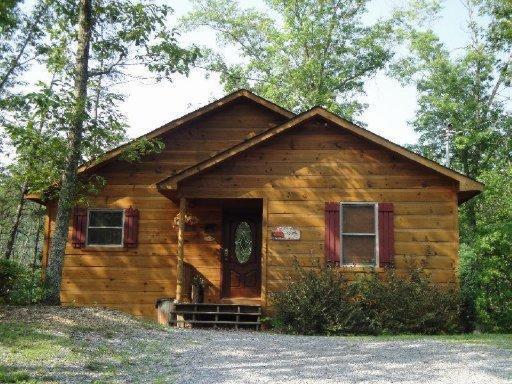 2038 Abbey Lane Way, Sevierville, TN 37862