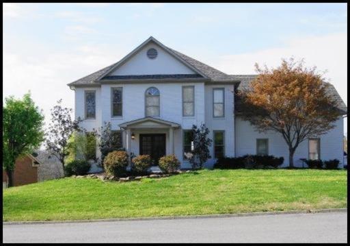 913 Glensprings Dr, Knoxville, TN 37922