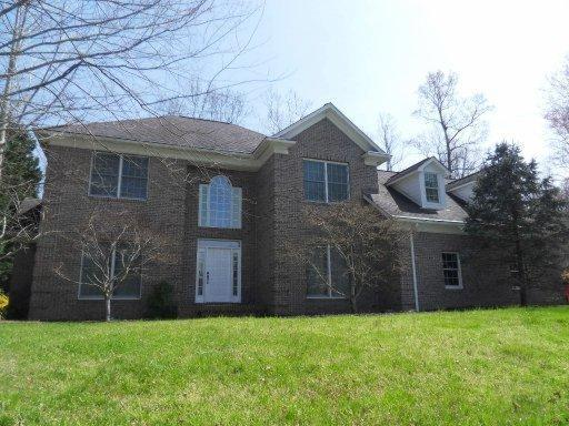 123 Danbury Dr, Oak Ridge, TN 37830