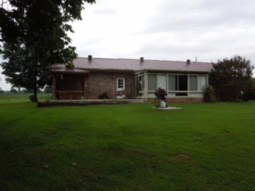 589 River Bend Dr, Celina TN 38551