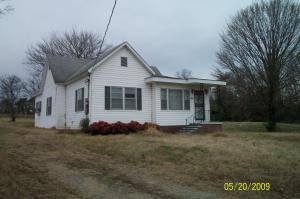 300 N Oak St, Greenback, TN