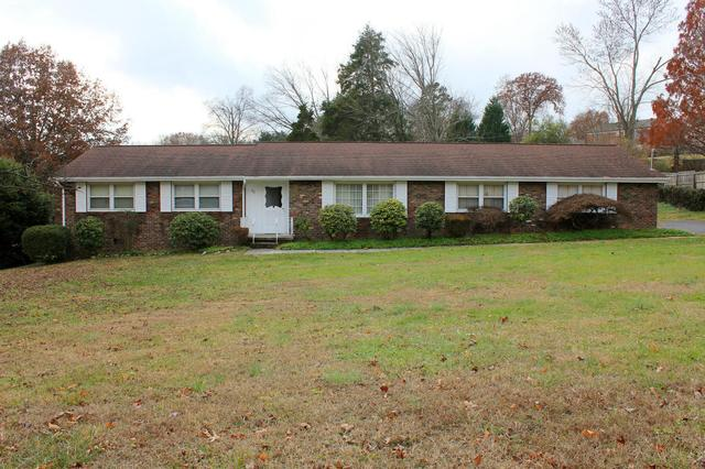 917 Marlboro Rd, Knoxville, TN 37909