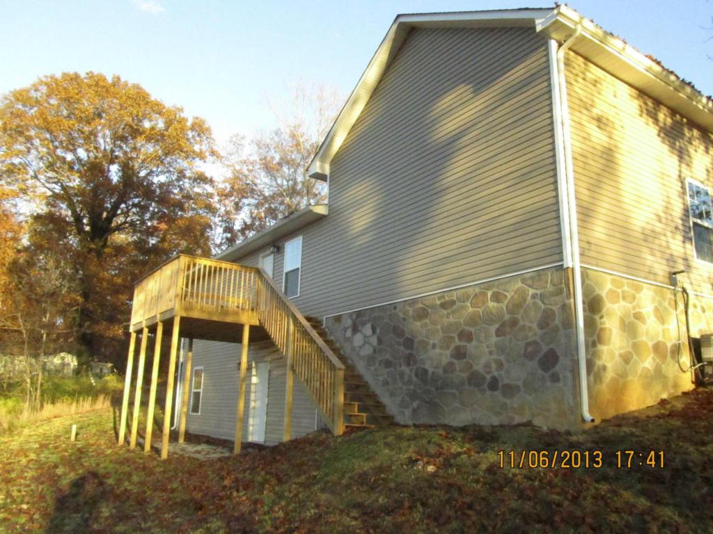 308 Milldale Rd, Dandridge TN 37725