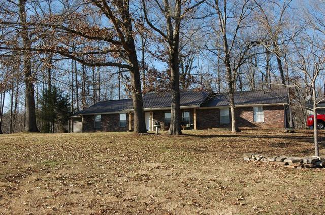 3096 Davis Ln, Lenoir City, TN