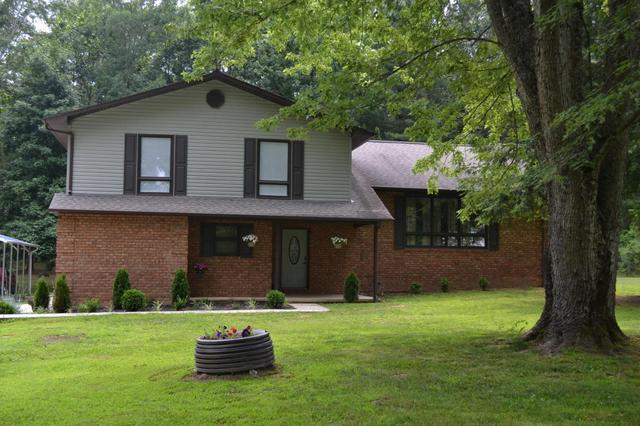1142 Ashburn Rd, Clarkrange, TN 38553