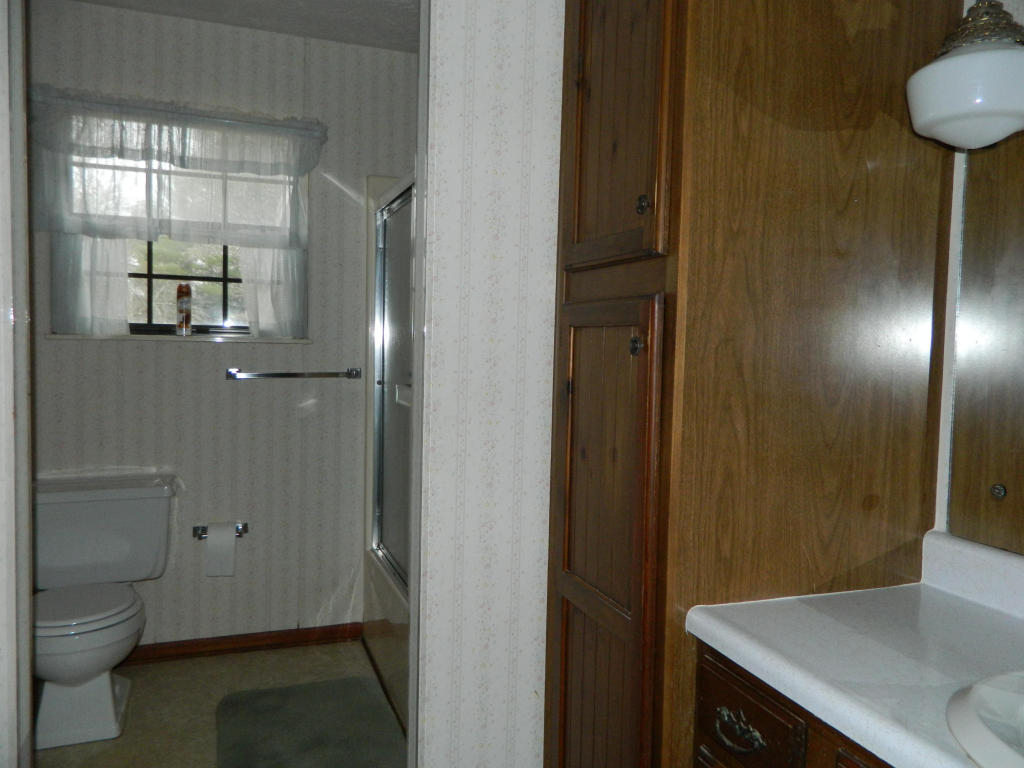 209 Lakeview Ln, Oak Ridge TN 37830