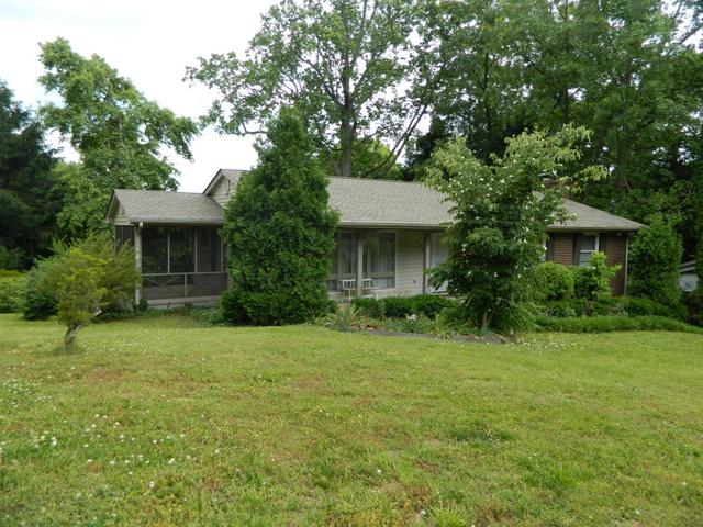 262 Iroquois Rd, Oak Ridge, TN 37830