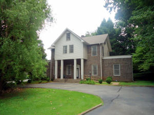 301 Mayes Ave, Sweetwater, TN