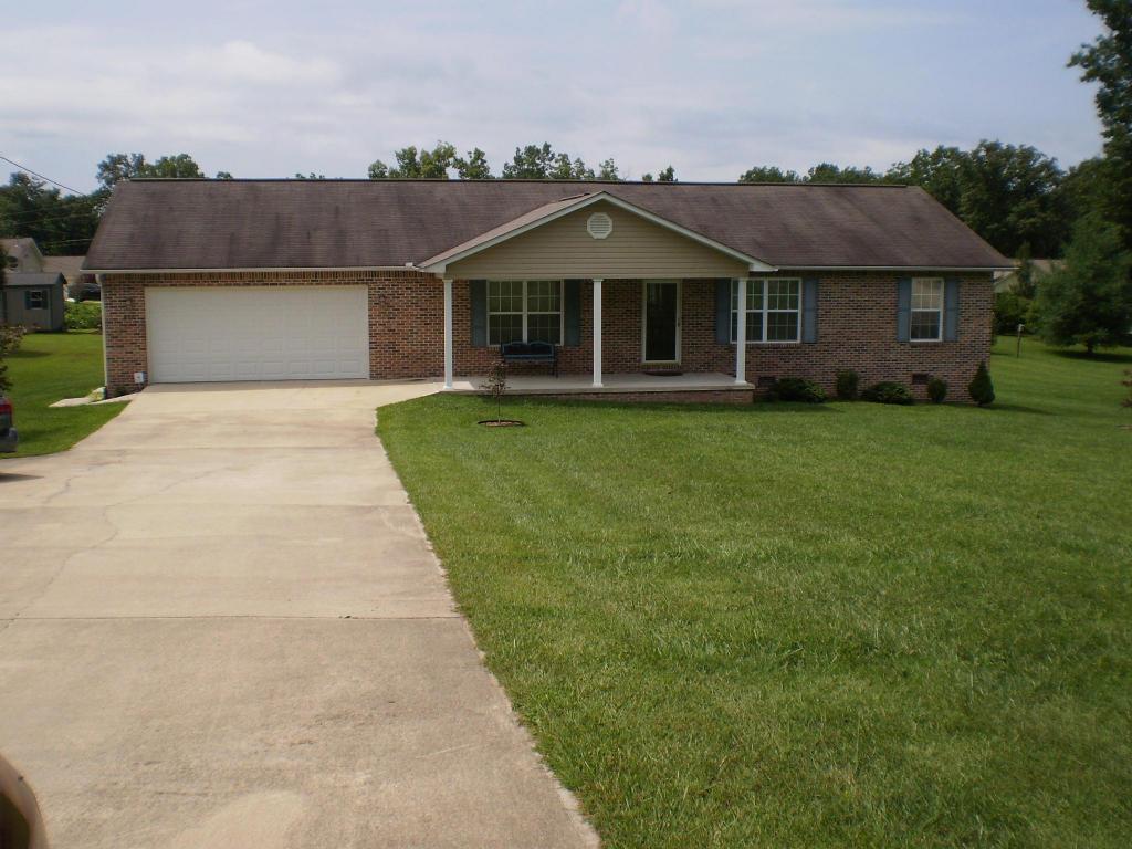 915 Taylors Chapel Rd, Crossville, TN