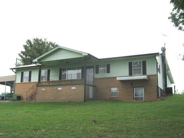 2546 Holt Rd, Sweetwater, TN