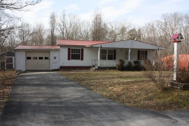 207 W Catoosa Canyon Dr, Crossville, TN 38571