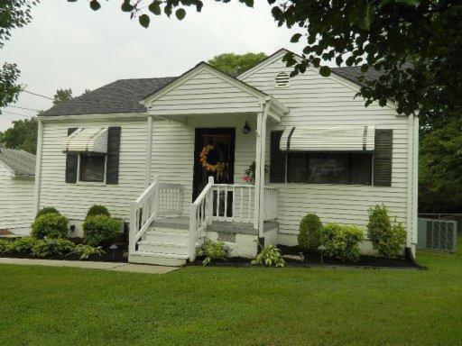 2425 Teeple St, Knoxville, TN 37917