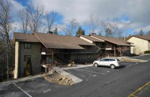 221 Woodland Rd #APT 110, Gatlinburg, TN