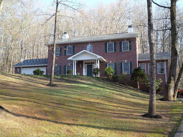 158 Rabbit Run Way, Dandridge TN 37725