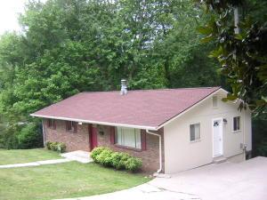 518 W Outer Dr, Oak Ridge, TN