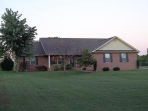 2451 Oakview Ln, Sevierville, TN