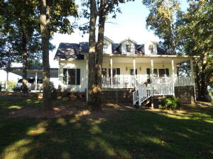 520 County Road 326, Sweetwater, TN
