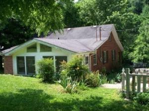 480 Smokey Br, Whitleyville, TN