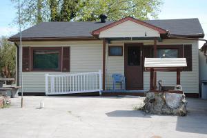 709 Fowler St, Clinton TN 37716