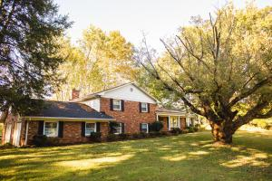 3915 SW Topside Rd, Knoxville TN 37920