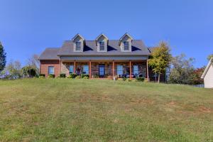 838 Reagan View Ln, Seymour, TN