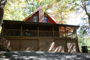 244 Palmer Dr, Gatlinburg, TN