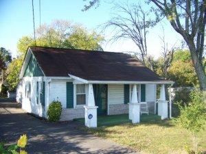 11215 SE Chapman Hwy, Seymour, TN
