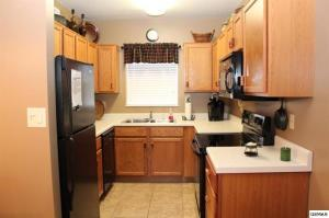 3919 S River Rd #APT 203, Pigeon Forge TN 37862