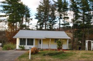 245 White Pine Ln, Rockford, TN