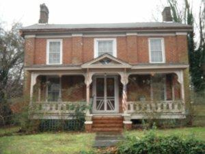 221 W Main St, Dandridge TN 37725